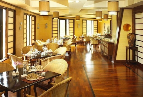 . The Cascades Hotel at Sun City Resort