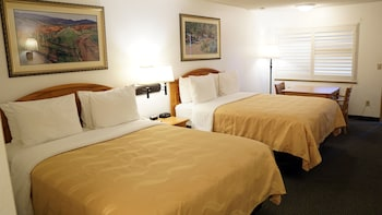 Hotel - Quality Inn Near Fort Hunter Liggett