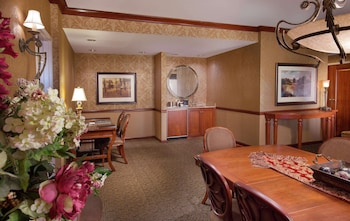 Suite, 1 King Bed (Conrad West)