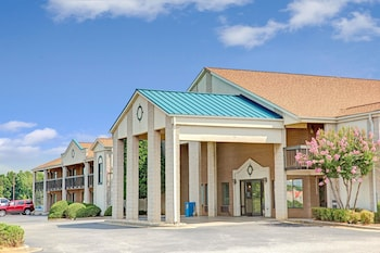Hotel - Days Inn by Wyndham Mooresville Lake Norman