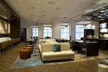 新奧爾良梅泰里萊克威萬豪飯店 New Orleans Marriott Metairie at Lakeway