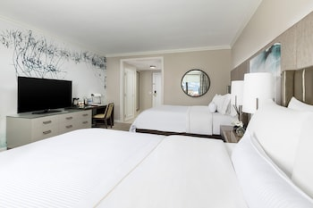 Traditional Room, 2 Queen Beds, City View