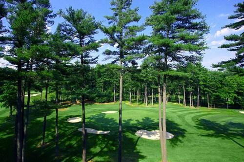 . Toftrees Golf Resort