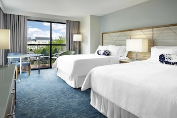 Deluxe Room, 2 Queen Beds, Balcony, Resort View