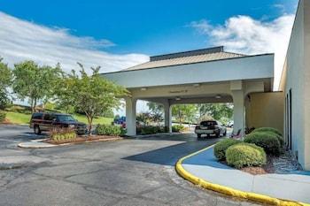 Hotel - Baymont by Wyndham Columbus GA