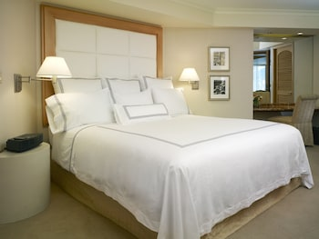 Deluxe Room, 2 Double Beds, Harbor View