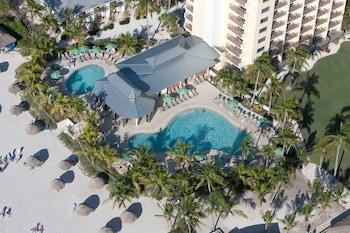 那不勒斯海灘高爾夫俱樂部飯店 Naples Beach Hotel and Golf Club