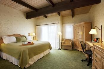 Standard Room, 1 Queen Bed, Non Smoking, Refrigerator