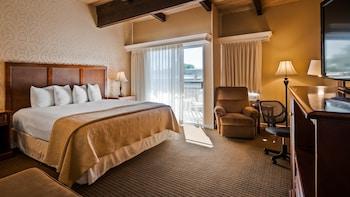 Standard Room, 1 King Bed, Non Smoking, Refrigerator