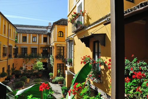 __{offers.Best_flights}__ Las Casas de la Juderia