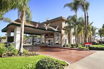 科斯塔梅薩新港灘溫德姆華美達飯店 Ramada by Wyndham Costa Mesa/Newport Beach