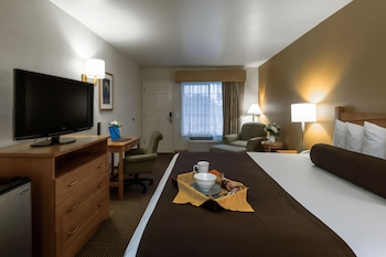 Standard Room (bed type selected at check in)