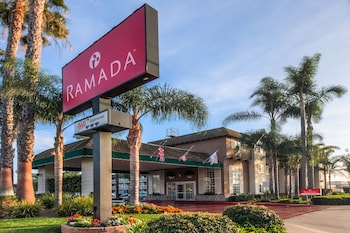 Hotel - Ramada by Wyndham Costa Mesa/Newport Beach