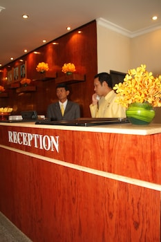 ホテル カンボディアナ