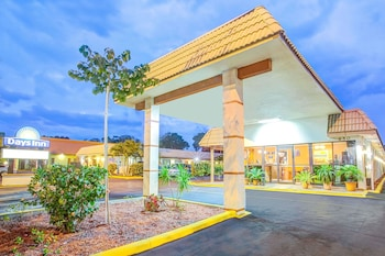 Hotel - Days Inn by Wyndham St. Petersburg Central