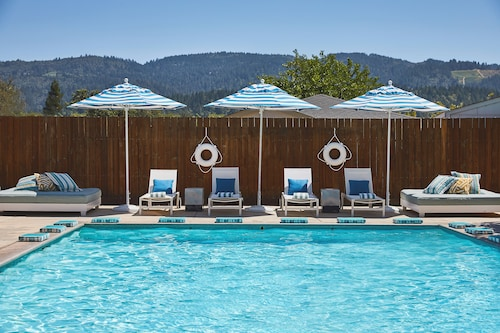. Calistoga Motor Lodge and Spa