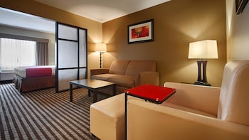 Hotel - Best Western Plus West Akron Inn & Suites