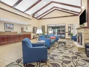 Hotel - Ramada by Wyndham Denver International Airport