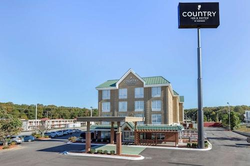 . Country Inn & Suites by Radisson, Lumberton, NC