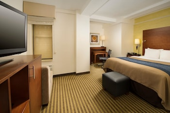 Guestroom at Comfort Inn Downtown DC/Convention Center in Washington