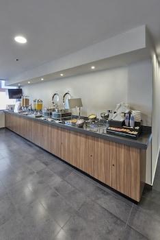 City Express Queretaro - Food Court  - #0