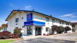 Motel 6 Normal, IL - Bloomington Area
