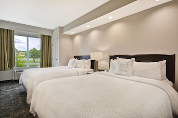 Suite, 2 Queen Beds, Non Smoking, View (Red Mile View)