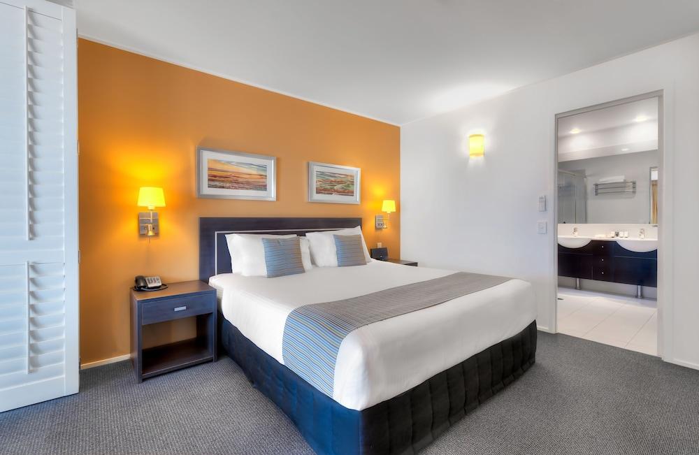 라마다 호텔 앤 스위트 발리나 바이런(Ramada Hotel and Suites Ballina Byron) Hotel Image 7 - Guestroom