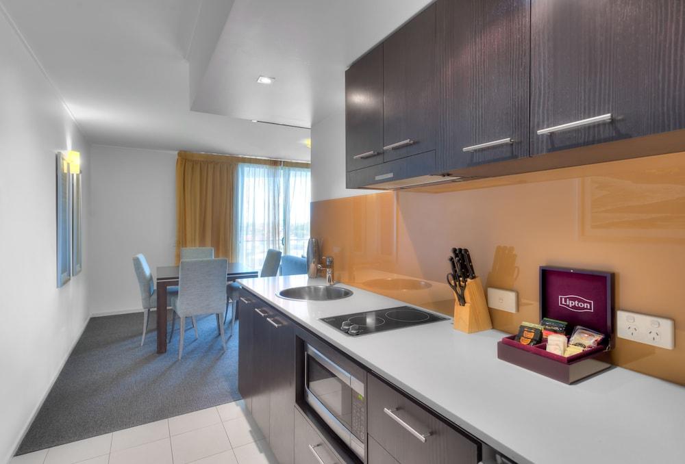 라마다 호텔 앤 스위트 발리나 바이런(Ramada Hotel and Suites Ballina Byron) Hotel Image 8 - Guestroom