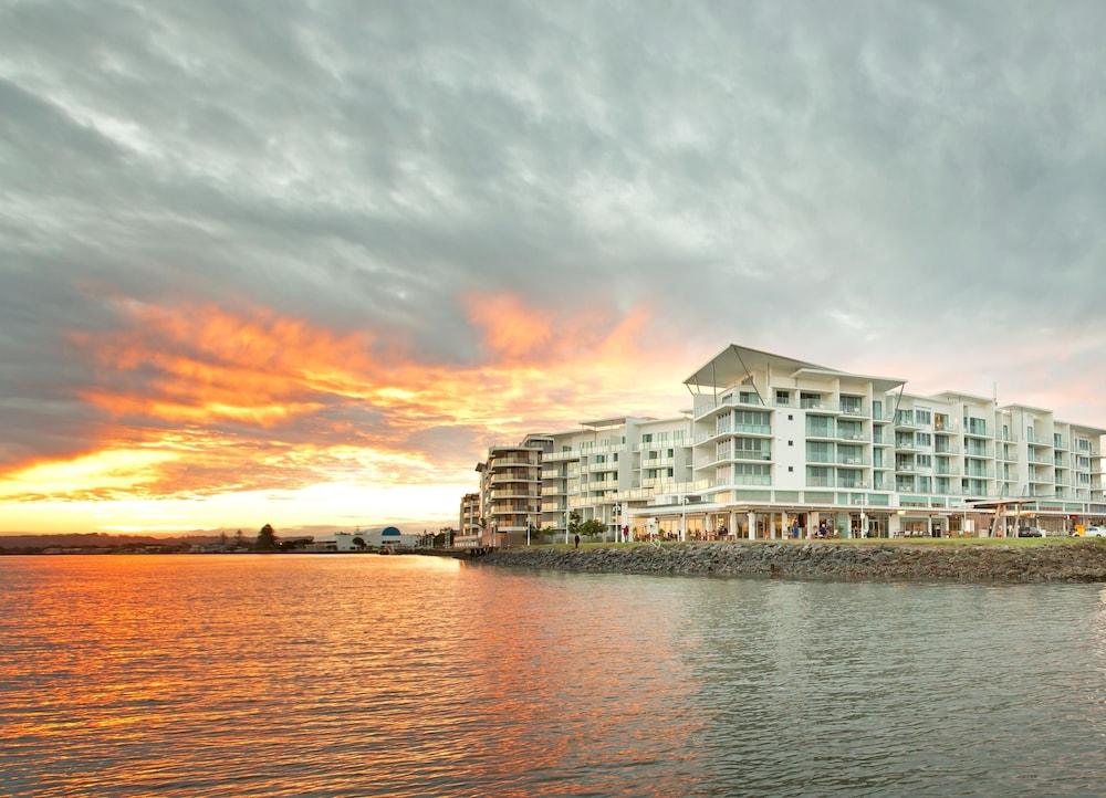 라마다 호텔 앤 스위트 발리나 바이런(Ramada Hotel and Suites Ballina Byron) Hotel Image 34 - Exterior