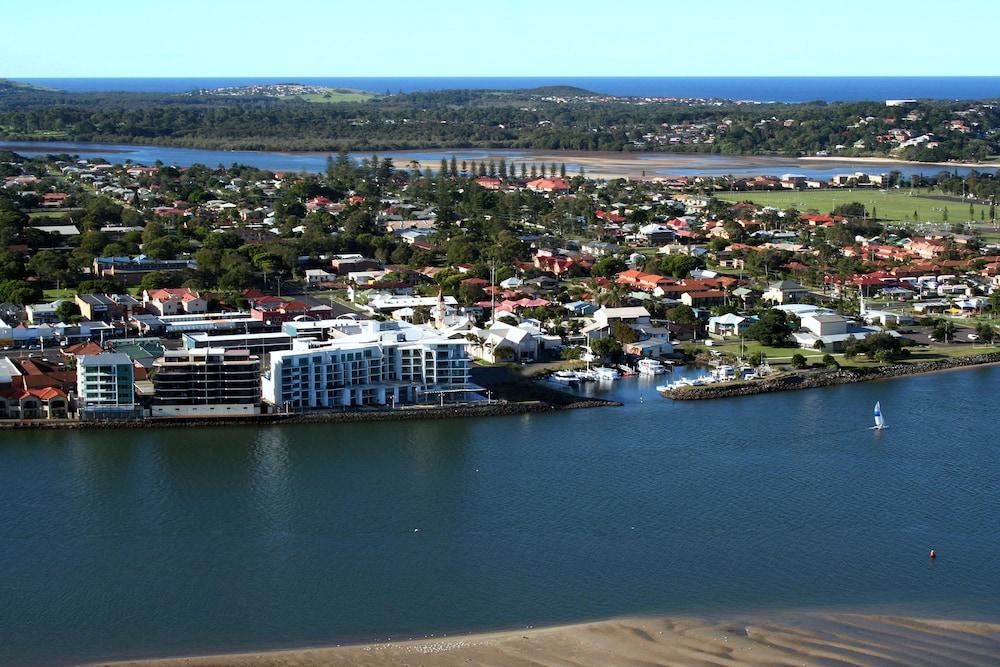 라마다 호텔 앤 스위트 발리나 바이런(Ramada Hotel and Suites Ballina Byron) Hotel Image 37 - View from Hotel