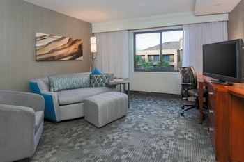 Guestroom at Courtyard by Marriott Las Vegas South in Las Vegas