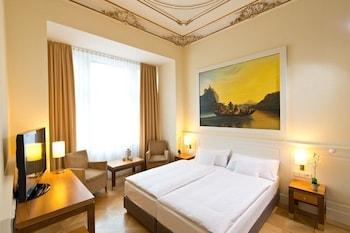 安格雷特里飯店 Angleterre Hotel