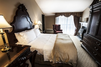 Traditional Main Mill Luxury Room 1 King Bed, Fireplace