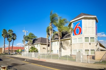 Hotel - Motel 6 Riverside South