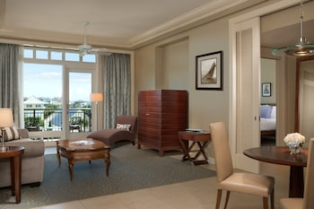 Lodge, Ocean View Suite