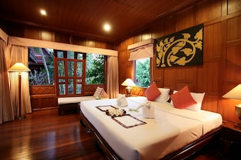 Three bedrooms Thai villa