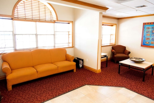 . Microtel Inn & Suites by Wyndham Chihuahua
