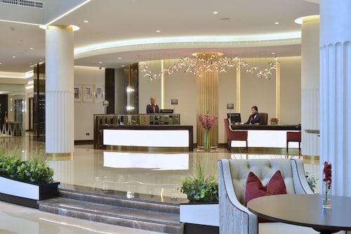 . Movenpick Hotel Bahrain