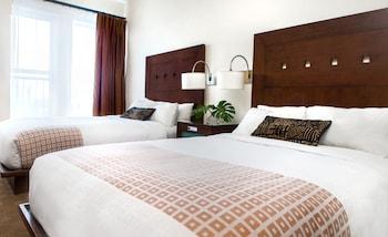 Premium Room, 2 Double Beds, Balcony