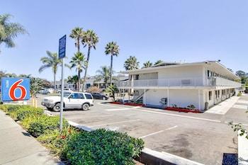 Hotel - Motel 6 Santa Barbara - State Street