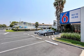 Hotel - Motel 6 Sunnyvale South