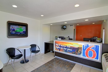 Reception at Motel 6 Scottsdale in Scottsdale