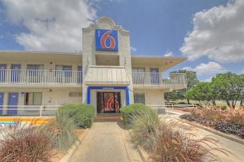 Hotel - Motel 6 San Antonio - Fiesta