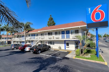 Hotel - Motel 6 Los Angeles - Long Beach