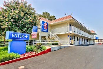 Hotel - Motel 6 Sacramento West