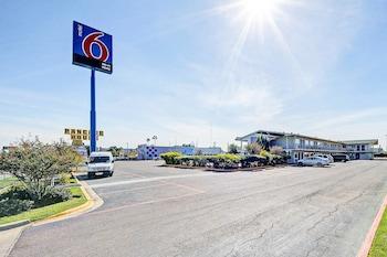 德克薩斯拉雷多 - 南 6 號汽車旅館 Motel 6 Laredo, TX - South