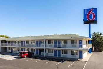 Hotel - Motel 6 Reno West