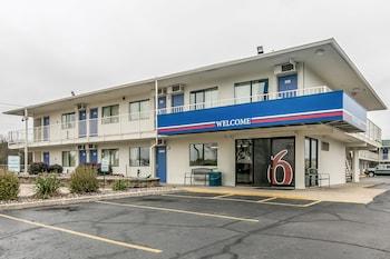 Hotel - Motel 6 Janesville