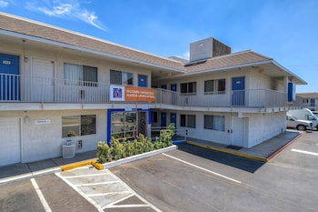 Hotel - Motel 6 Riverside West - Jurupa Valley